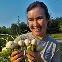 profile picture of melissa holding turnips